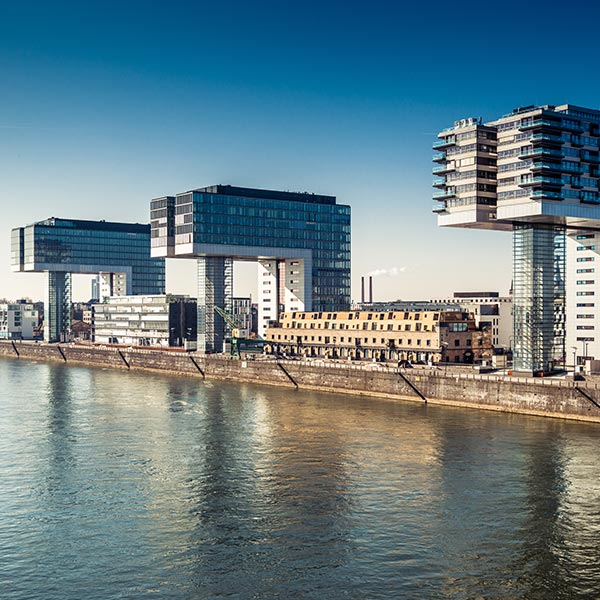 Köln Business-Center am Rhein